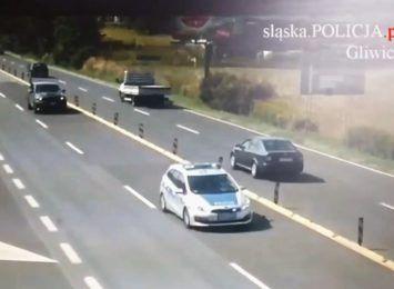 Gliwice: Policja eskortowała samochód z dzieckiem. Czeka na przeszczep serca [WIDEO]