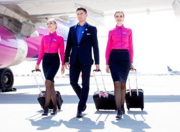 Wizz Air szuka stewardess i stewardów na Śląsku. Linia chce zatrudnić 800 nowych pracowników