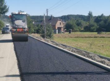 Trwa remont drogi w Kobyli. Utrudnienia w ruchu