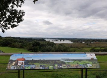 Pomysł na weekend: Grabówka. Spójrz jak pięknie widać region! [FOTO]