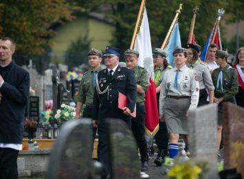 Radlin ma tablicę pamięci pomordowanych w Katyniu. Znajduje się ona na cmentarzu na Głożynach [FOTO]