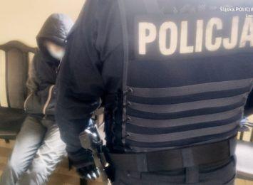 Ukradli towar ze sklepu w Ustroniu. Trafili do policyjnego aresztu
